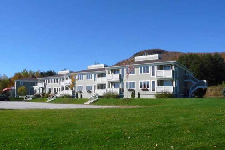 Auberge Mont Orford b