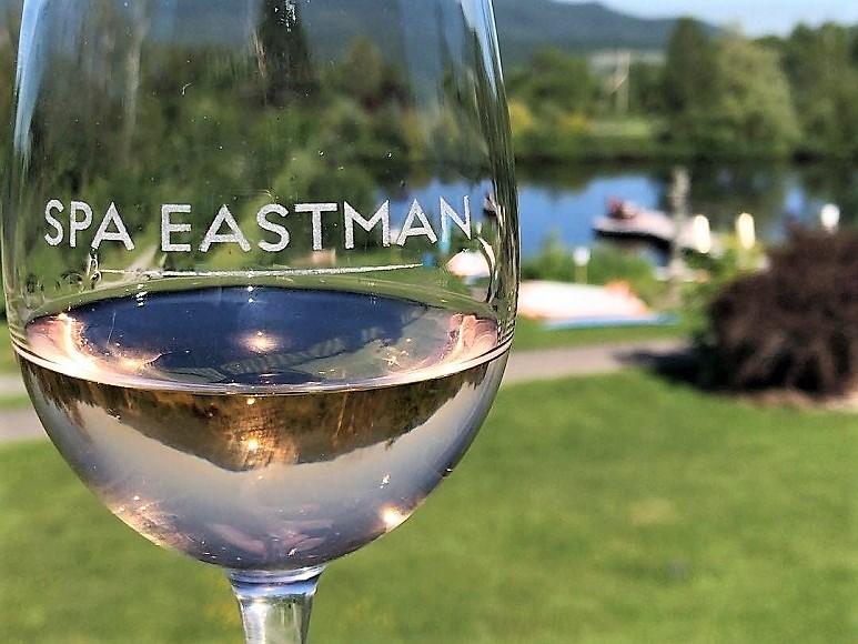 Cuvée Spa Eastman Blanc Sélection VINDICI Oenotourisme Cantons de l'Est