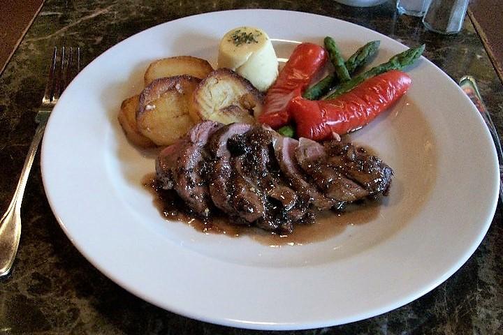 L'Oeuf - Restaurant Magog Cantons de l'Est