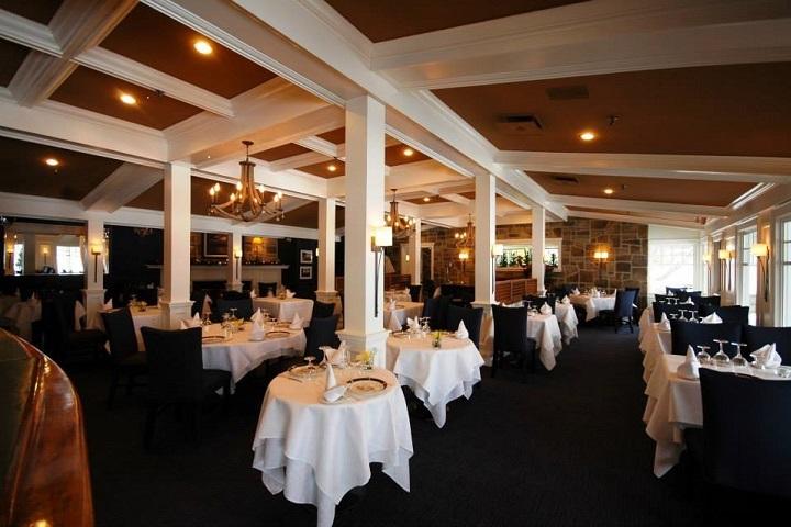 Le Riverain - Restaurant Ayer's Cliff Cantons de l'Est