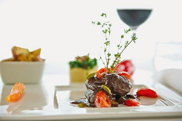 La Rotonde - Meilleurs restos, bistros, apportez votre vin des Cantons de l'Est