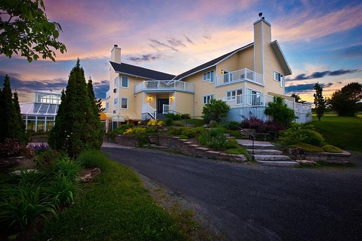 Auberge Spa West-Brome Lac-Brome - Meilleurs hôtels, auberges, gîtes et B&B à proximité des vignobles