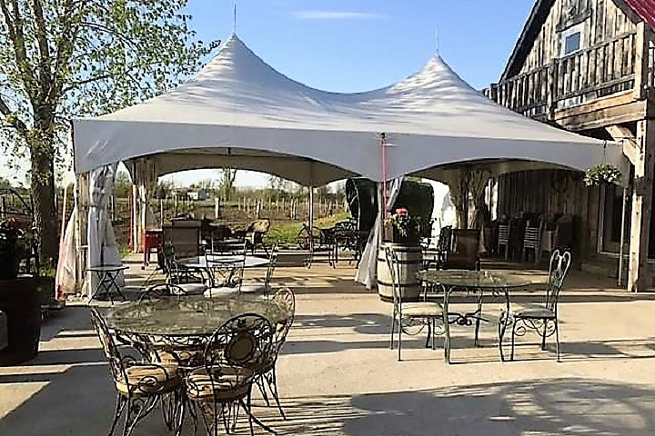 Vignoble Vertefeuille ,oenotourisme ,visite de vignobles ,cépages ,dégustation ,Montérégie, Sélection Vindici ,Sud du Québec ,