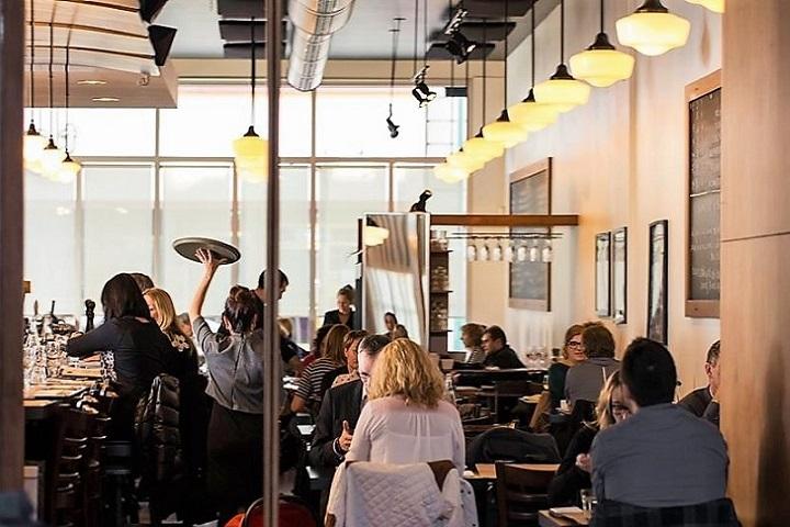 Auguste ,oenotourisme ,restaurant ,brasserie ,Cantons de l'Est ,meilleurs restaurants , Sélection Vindici ,Sud du Québec ,routes du vin ,tourisme du vin ,