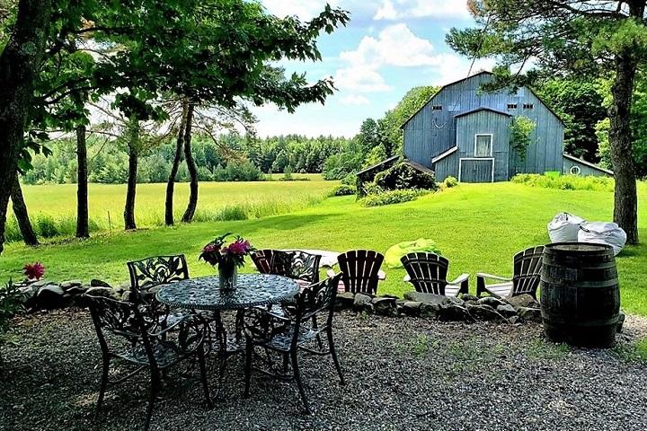 Vignoble Bromont ,oenotourisme ,visite de vignobles ,cépages ,dégustation ,Cantons de l'Est ,Estrie ,Sélection Vindici ,Sud du Québec ,