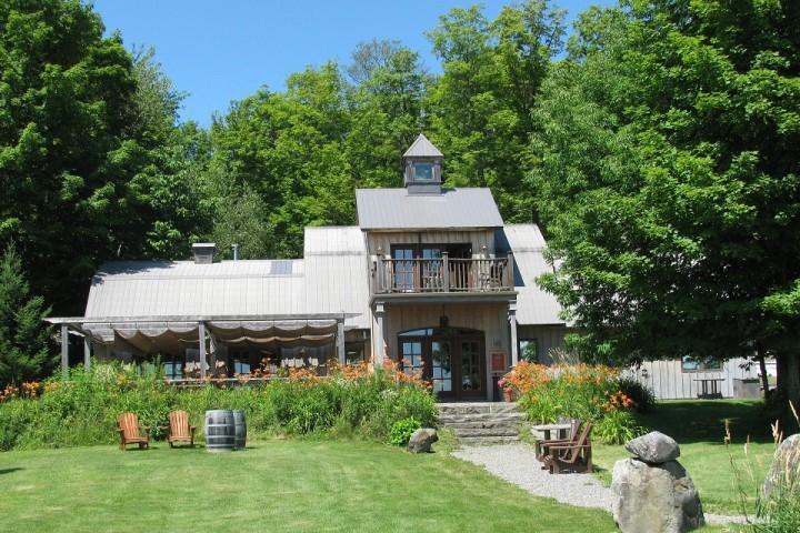 Visite Vignoble ,Vignoble Domaine Les Brome ,Vignoble Fulford,domaines viticoles ,Cantons de l'Est ,Vignoble ,Meilleurs restaurants ,hebergement ,