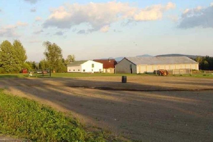 Vignoble La Grenouille – œnotourisme domaines viticoles des Cantons de l'Est