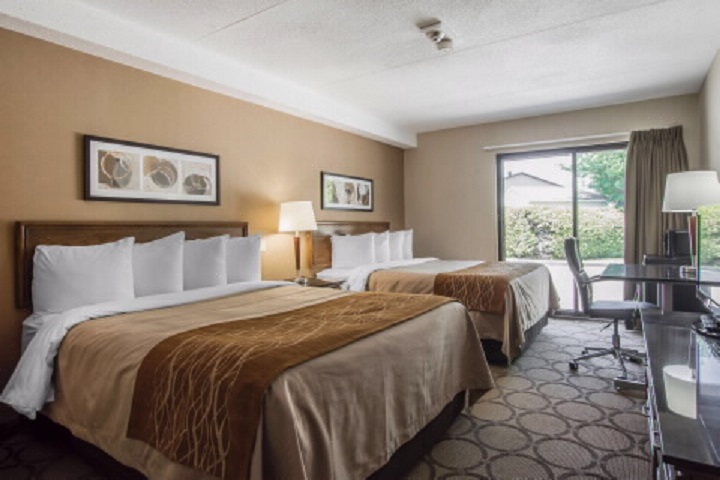 Le Comfort Inn Sherbrooke – Hébergement Cantons de l'Est hôtels, auberges, gîtes et B&B